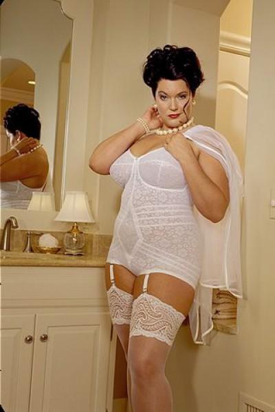 фото толстух в белье